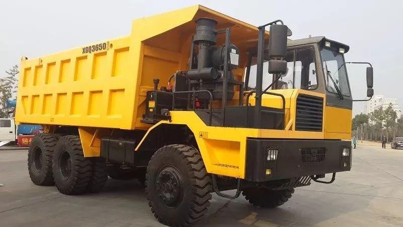 矿山自卸车