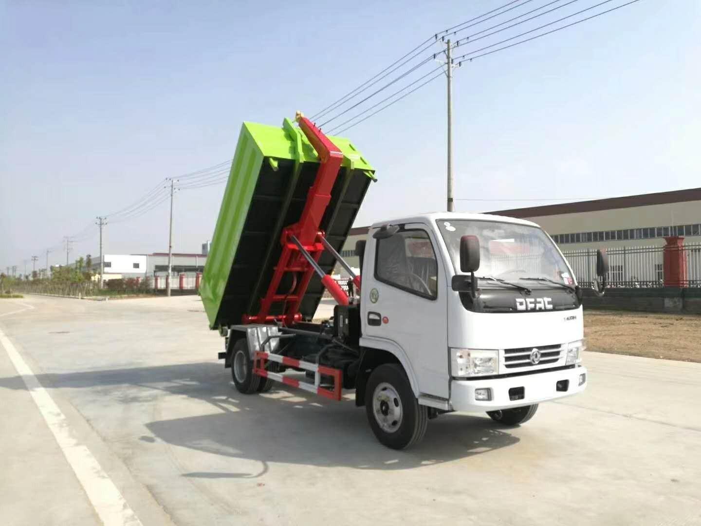 东风小多利卡5吨车厢可卸式垃圾车图片