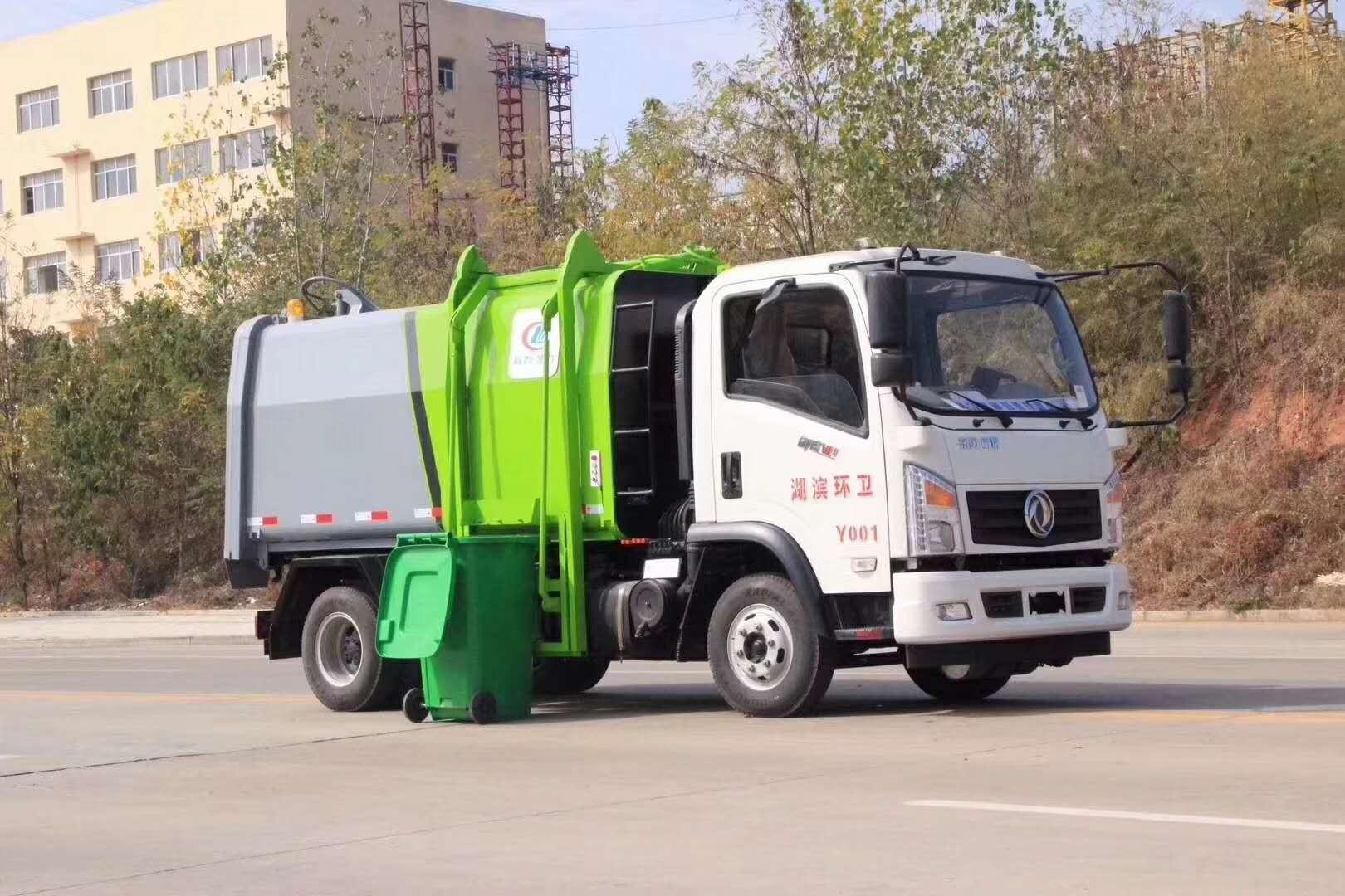 东风专底垃圾车图片