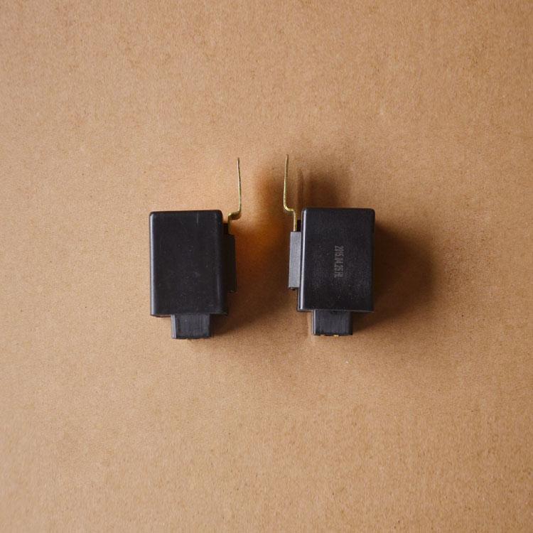 东风EQ153 EQ140雨刮间歇继电器总成 刮水间歇继电器37N图片