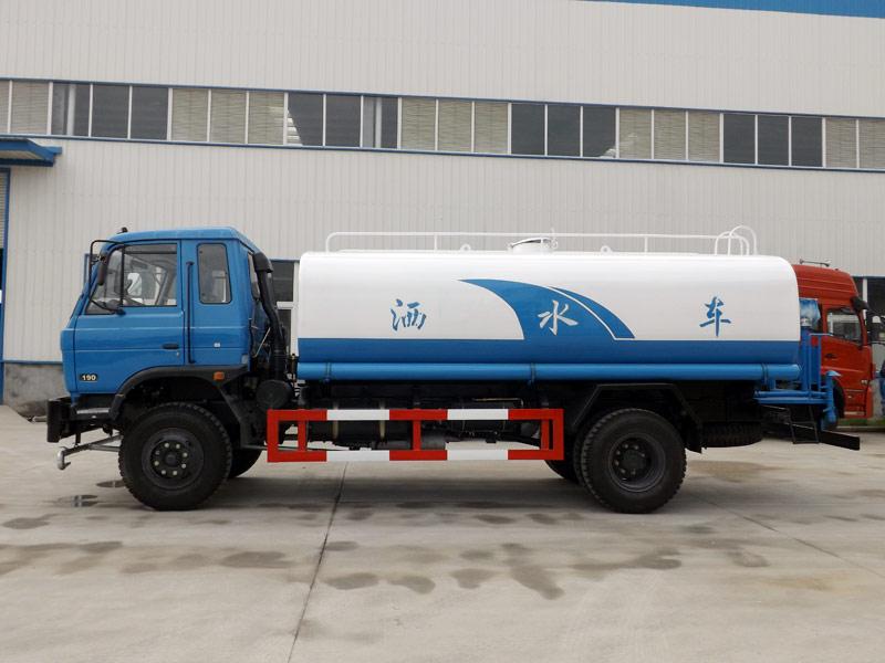 东风153老款12吨洒水车
