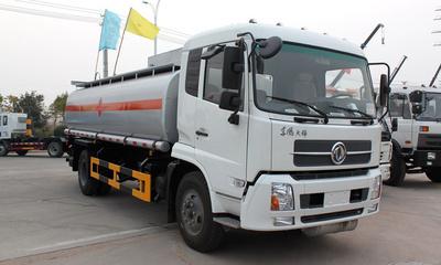 国四十吨加油车