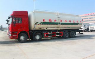 陕汽德龙粉粒物料运输车图片