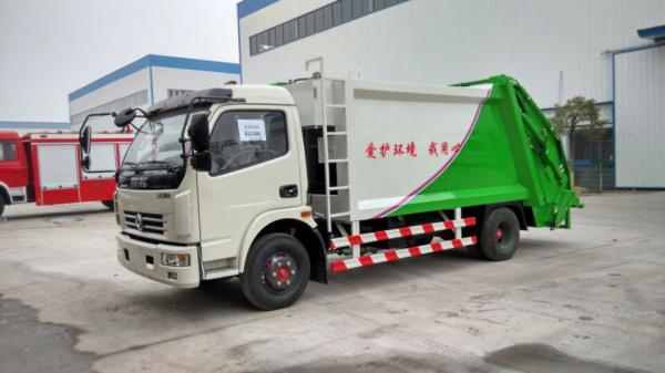 东风多利卡压缩式 垃圾车 (4)