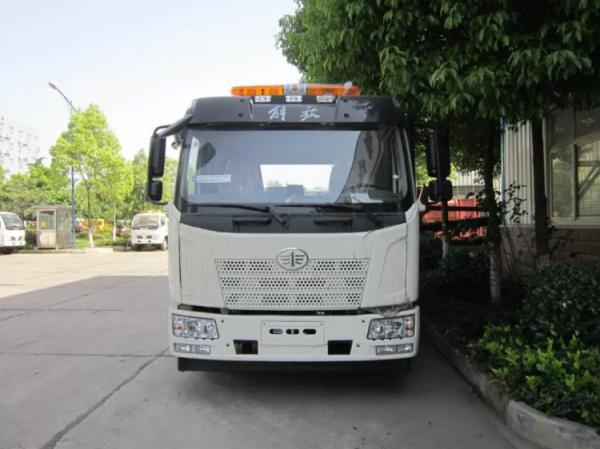 解放J6L一拖二清障車3
