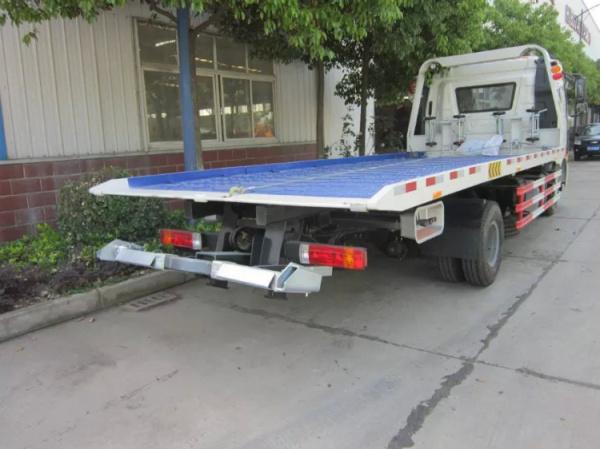 解放J6一拖二清障車 大型平板道路清障車圖片