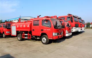 东风小多利卡森林消防车
