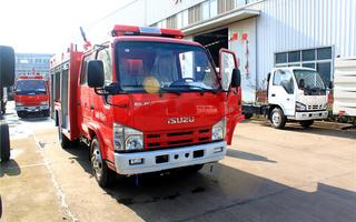五十铃红色消防车图片