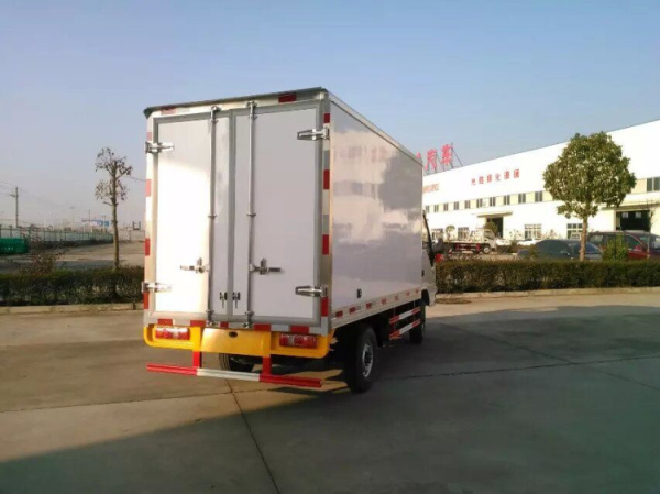 江淮康鈴冷藏車 (3)