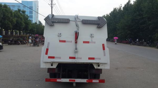 市面上最小型的柴油扫路车