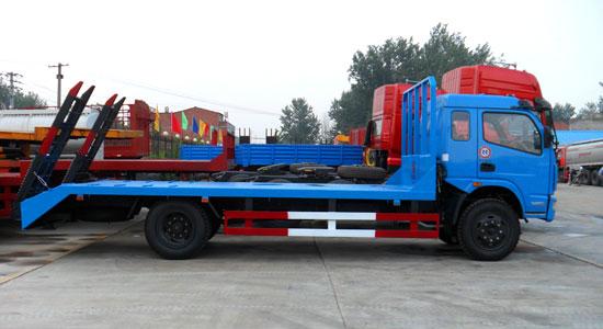 东风多利卡平板运输车