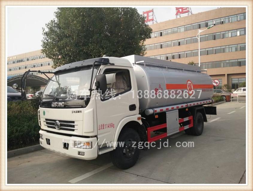 国四东风多利卡加油车