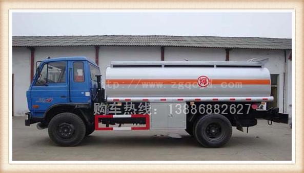 东风153油罐车