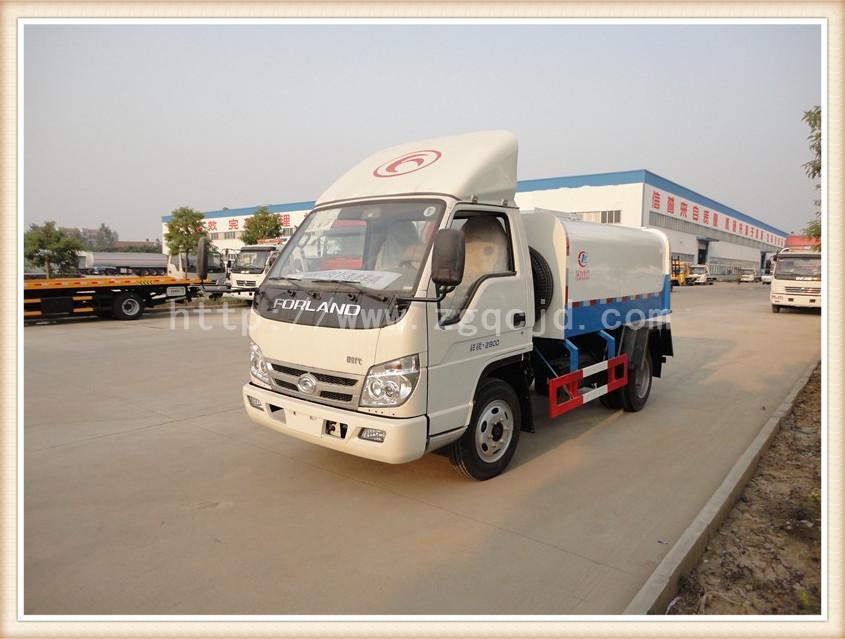 福田挂桶垃圾车(3-5立方)