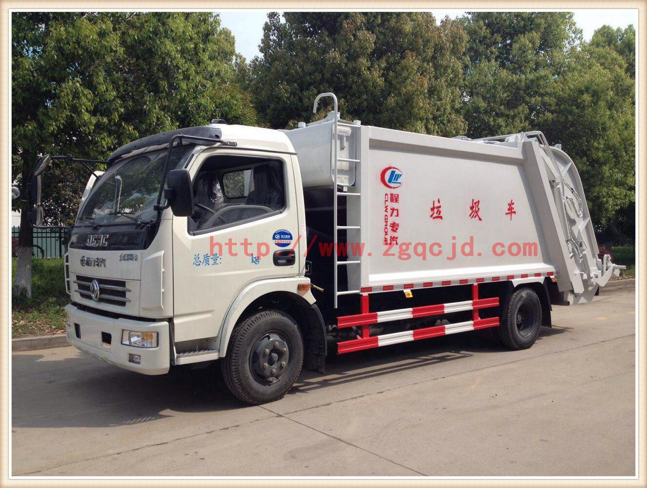 东风多利卡压缩式垃圾车(7立方)