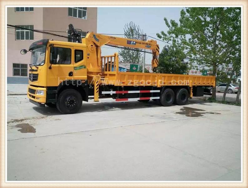 东风天龙后双桥随车吊(8-12吨吊)