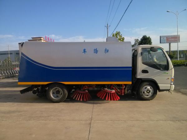 江淮扫路车 (3)