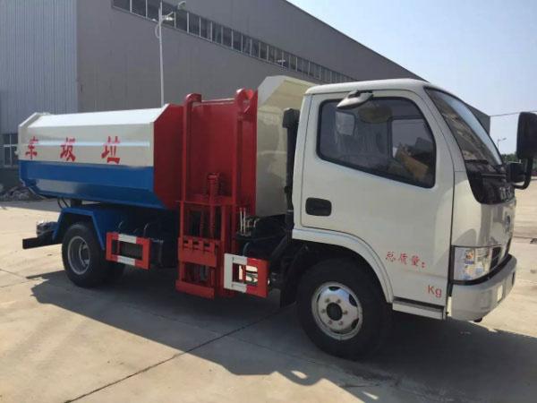 D6东风小多利卡挂桶式垃圾车5