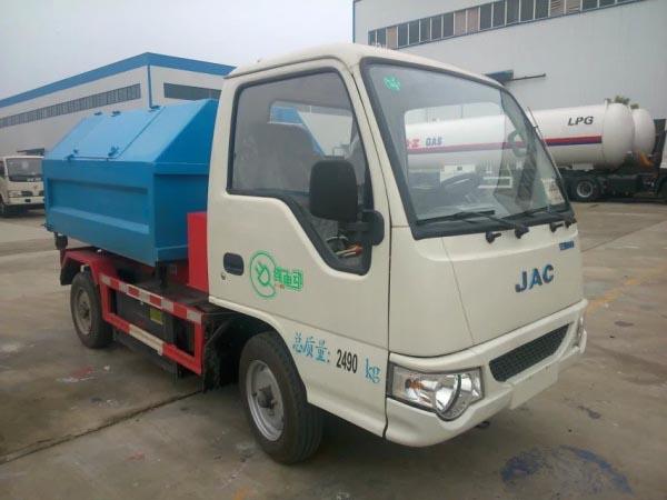 江淮纯电动拉臂式垃圾车 4方车厢可卸式垃圾车图片