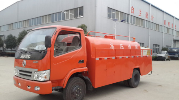 東風勁卡高壓清洗車 (3)