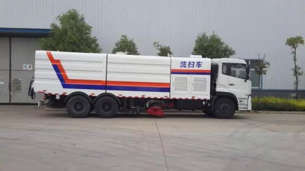 东风天龙后双桥洗扫车 (2)