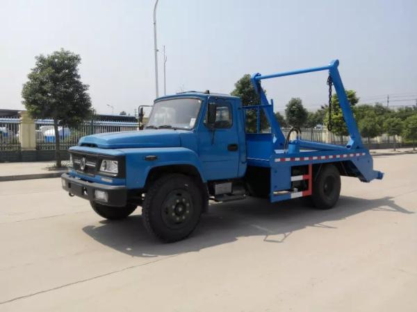 东风140摆臂式垃圾车 (3)