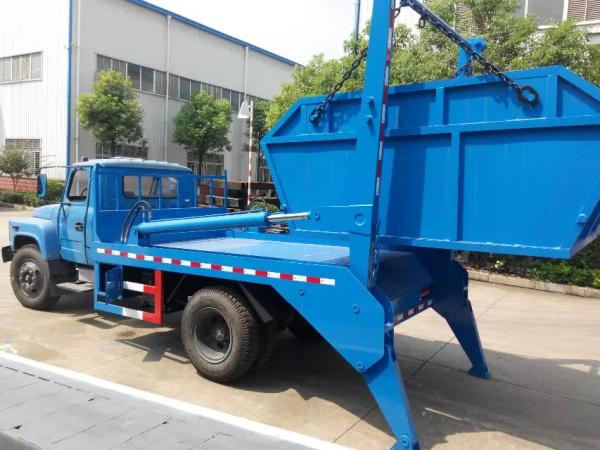 东风140摆臂式垃圾车 (1)