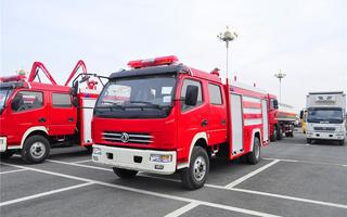 东风多利卡消防车图片