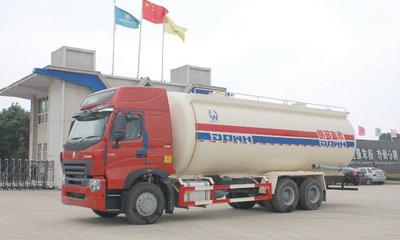 散装水泥罐车丨粉粒物料运输车图片