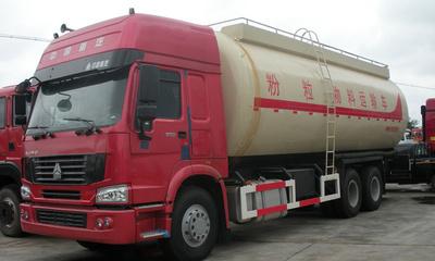 解放前四后八42-45立方粉粒物料运输车◆散装水泥车图片