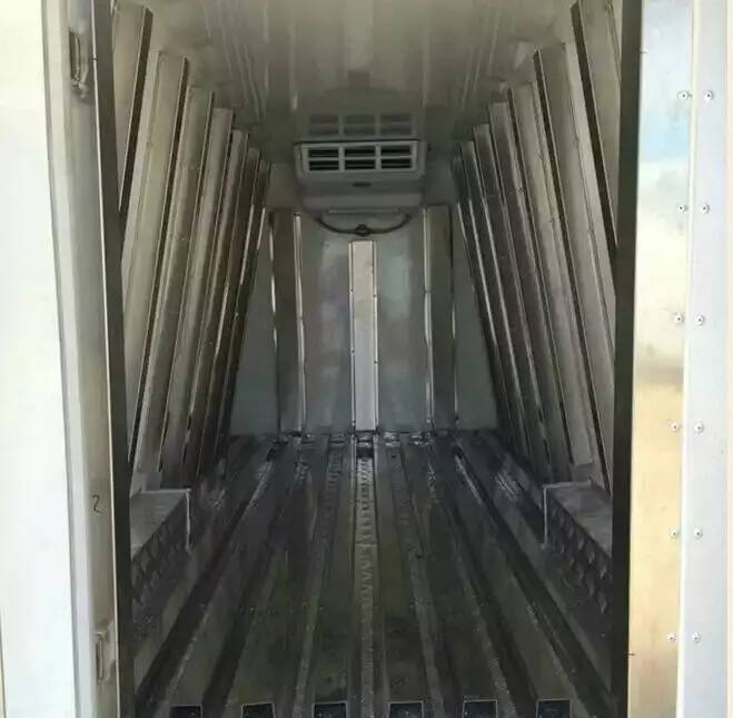 金杯冷藏车