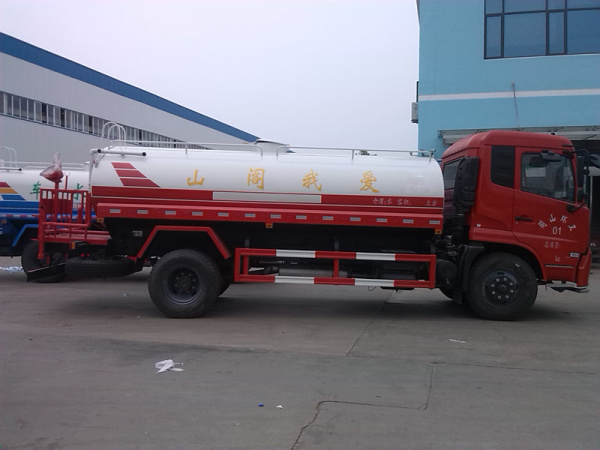 天锦洒水车(红)5