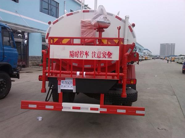 天锦洒水车(红)6