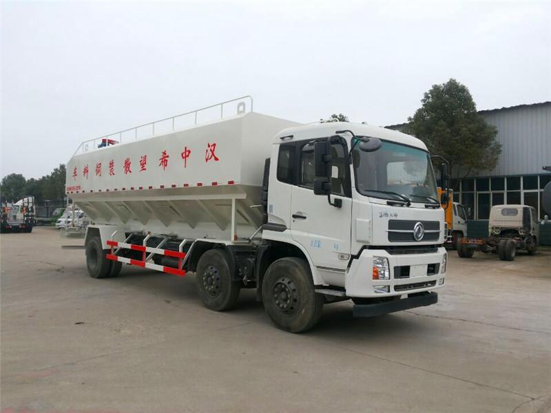东风天锦小三轴30立方散装饲料运输车