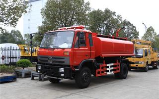 消防洒水车\东风153145