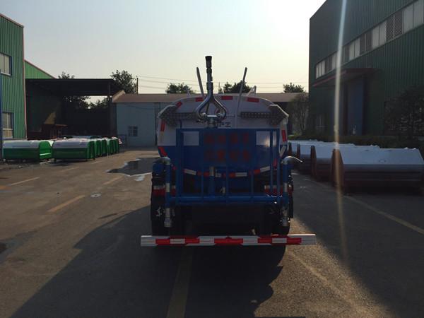 东风多利卡D6 5吨 洒水车图片