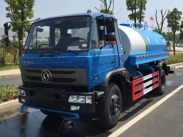 东风145洒水车图片(蓝色 高清)