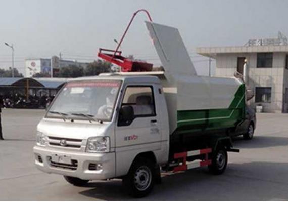 (3方国五)福田驭菱挂桶垃圾车图片