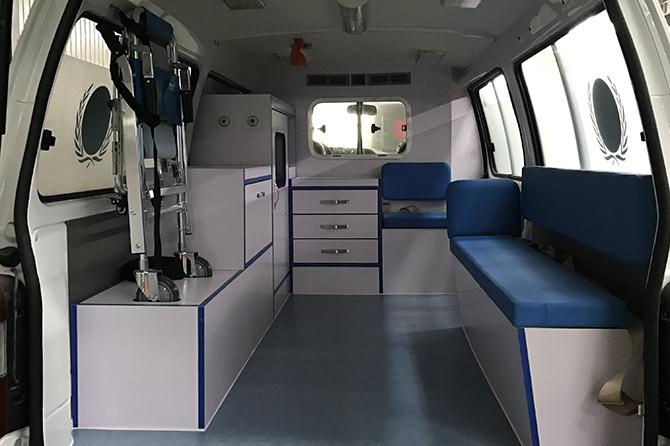 金杯阁瑞斯2.0救护车