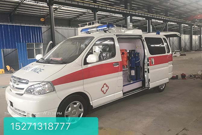金杯阁瑞斯救护车