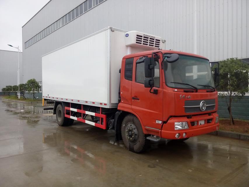 东风天龙前四后八9.6米运输冷藏车底盘配置介绍(图5)