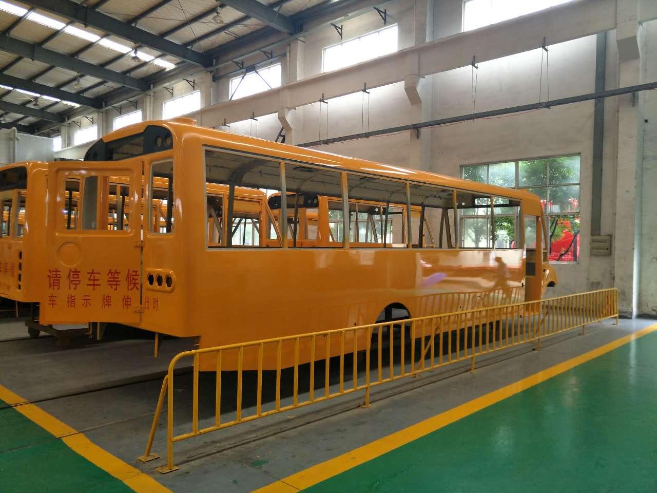 幼兒園校車