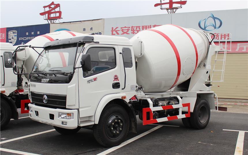 东风3方水泥搅拌车图片
