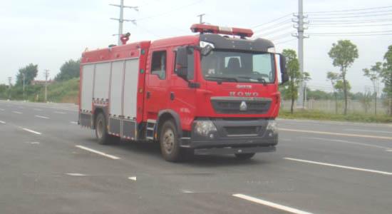 豪沃前四后八水罐(泡沫)消防车载液26吨 图片