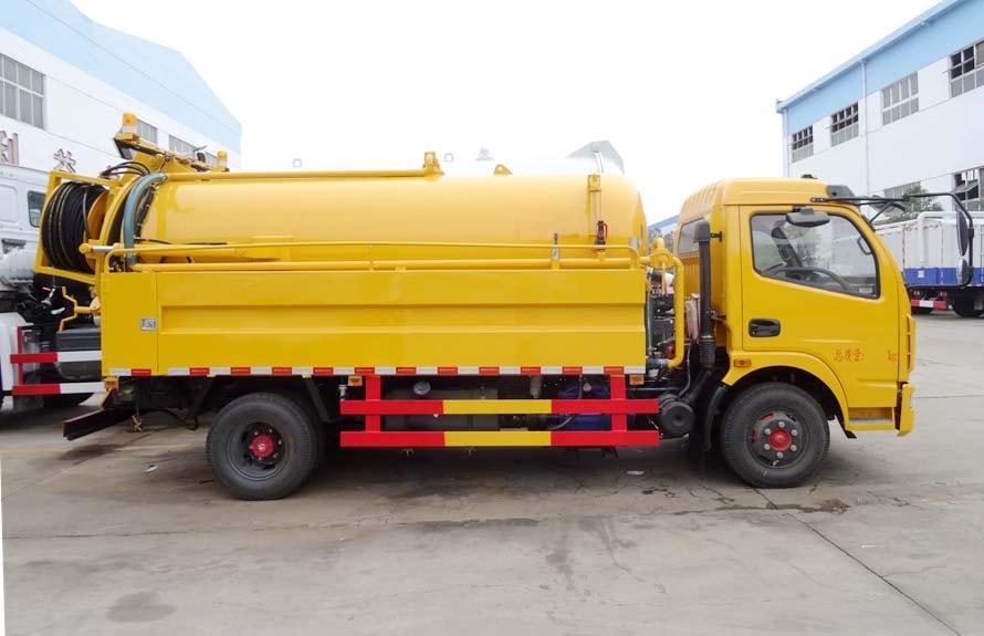 东风大多利卡8吨高压清洗吸污车图片
