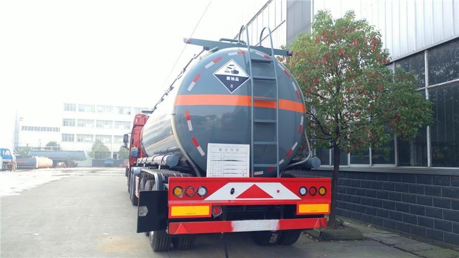 化工液體運輸車 (2)