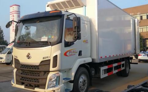 东风柳汽国五6.8米冷藏车视频视频