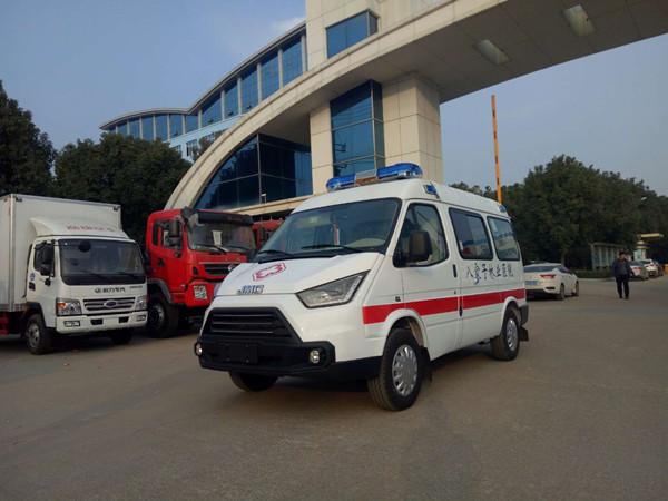 江铃特顺短轴运输型救护车(柴油)