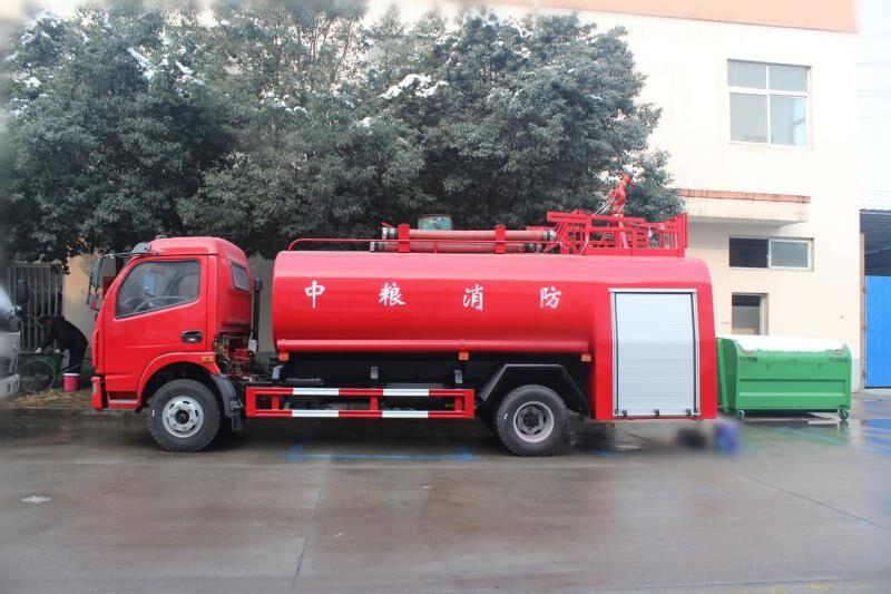 4-6噸大多利卡消防灑水車1