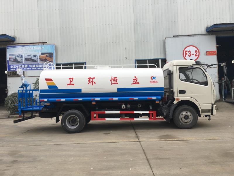 9噸灑水車3